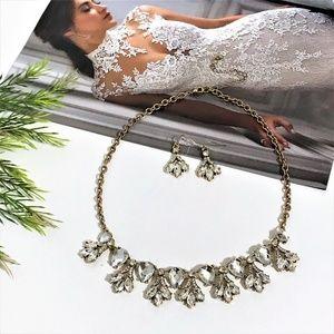 Jewelry - White Gems Vintage Statement Necklace Set